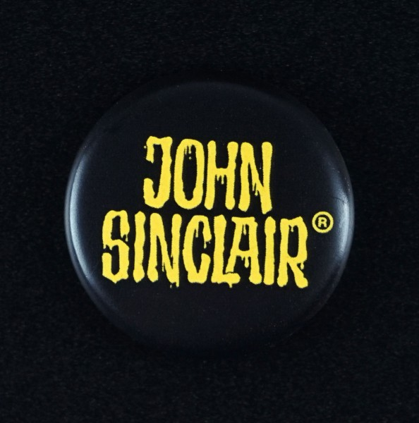 Button-18 - John Sinclair (25mm)