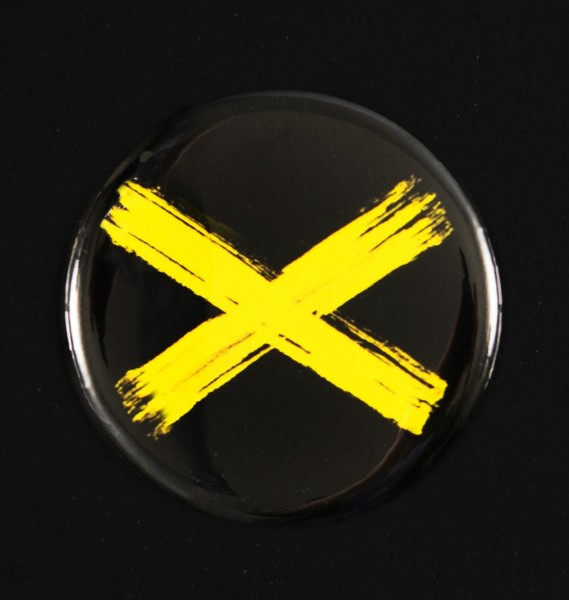 Button-01 - X (32mm)